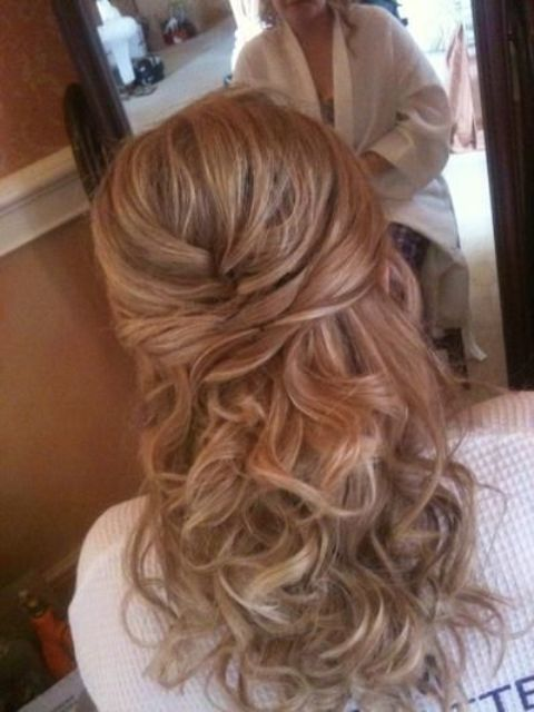 Mother Of The Bride Hairstyles Latest Hairstyle In 2020